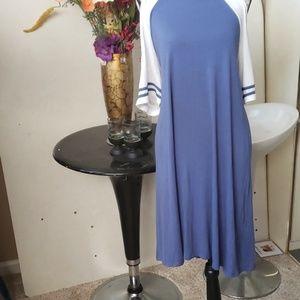 Cold shoulder 3/4 sleeve dress